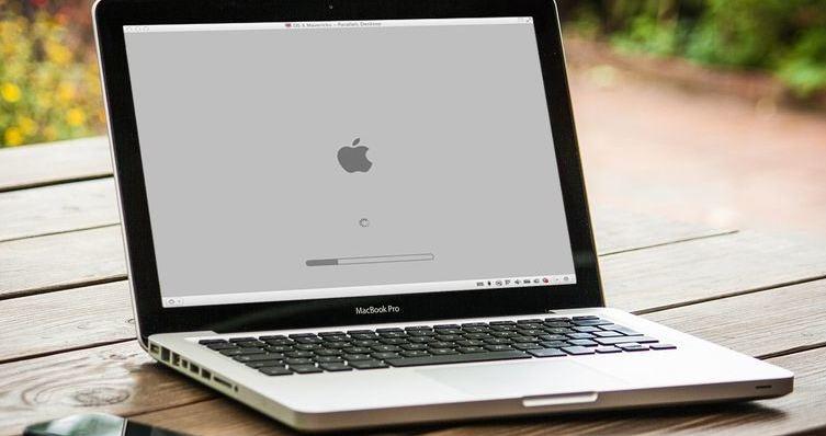 macbook bị đơ khi khởi động