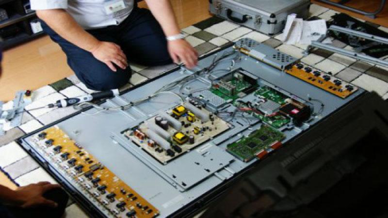 Tin học Siêu Việt là dịch vụ sửa tivi tại nhà Quận Bình Thạnh uy tín số 1 hiện nay