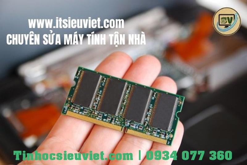 Kiểm tra, vệ sinh khe RAM, thanh RAM khắc phục lỗi không lên màn hình