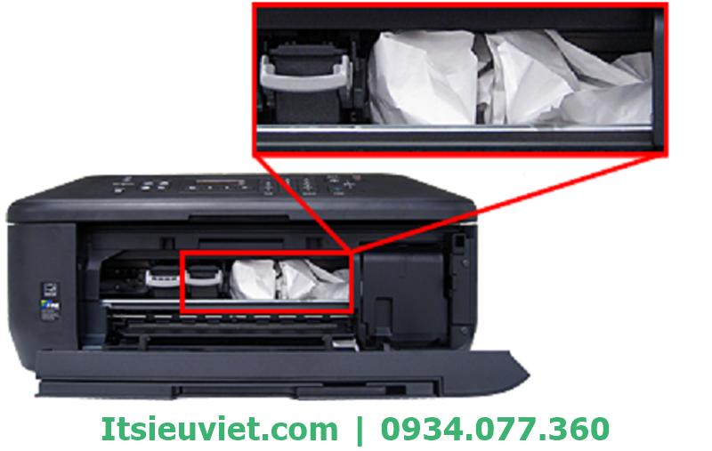 Một nguyên nhân khác dẫn đến lỗi máy tính không nhận máy in là do máy in kẹt giấy