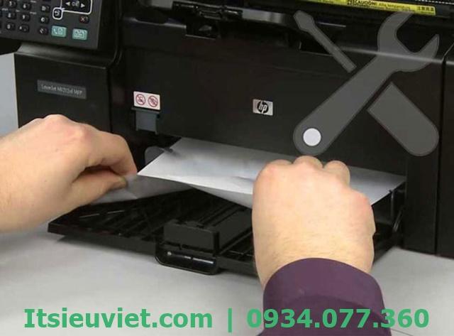 Lỗi máy in in 1 tờ ra 2 tờ cùng lúc