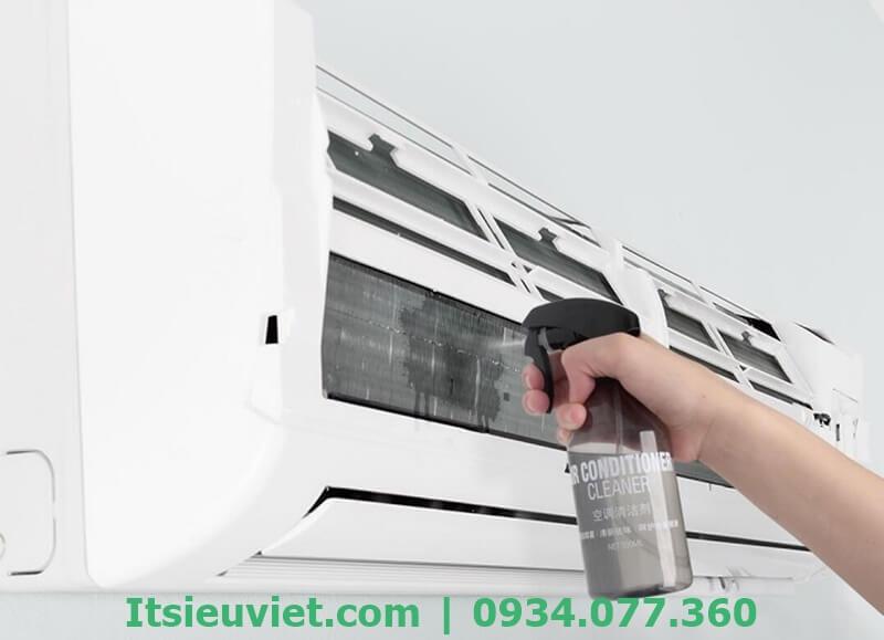 Vệ sinh, sửa máy lạnh tại nhà Phú Nhuận giá rẻ với IT Siêu Việt